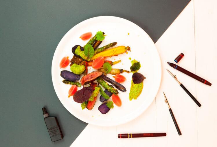 Kolorowanka natalerzu: steak, kiszona rzodkiewka, kolorowe marchewki, kolorowe ziemniaki